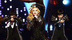 Living For Love (Live At The Jonathan Ross Show 2015) - Madonna