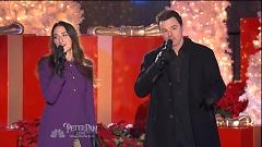 Baby It's Cold Outside (Christmas In Rockefeller Center - Sara Bareilles , Seth MacFarlane