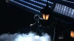 Scream (2012 Billboard Music Awards) - Usher