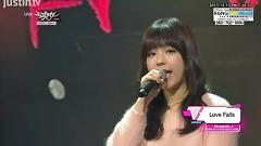 Love Falls (131213 Music Bank) - JUNIEL , Lee Jong Hyun