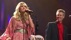 Is It Still Over (Live At The Grand Ole Opry) - Randy Travis , Carrie Underwood