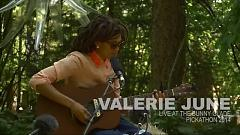 Twined & Twisted (Live At Pickathon) - Valerie June