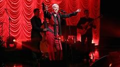 I Put A Spell On You (Live At The Ellen Show) - Annie Lennox