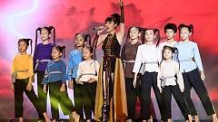 Mashup Bonjour Vietnam (Team Pha Lê - Hiền Năng & Châu Đăng Khoa - DJ Njay) - Pha Lê