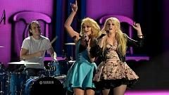 All About That Bass (48th Annual CMA Awards 2014) - Miranda Lambert , Meghan Trainor