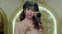 Thanh Xuân Thuộc Về Ai - Nguyễn Phương Trang