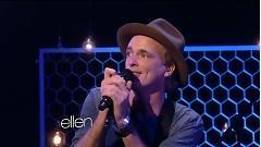 Moving (Live At Ellen Show) - Travis