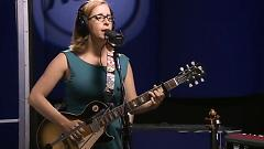 Finster Saw The Angels (Live On KCRW) - Laura Veirs