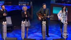 Go Rest High On That Mountain (Live At The Grand Ole Opry) - Vince Gill , Little Big Town