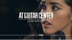 Positively Me (Live At Guitar Center) - Tess Henley