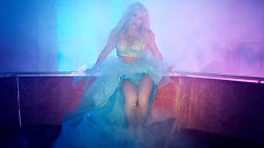 Slumber Party - Britney Spears, Tinashe