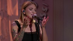 Issues (Live iHeartRADIO MMVAs 2017) - Julia Michaels
