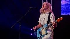 Archie, Marry Me (Glastonbury 2015) - Alvvays