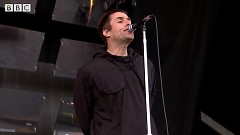 Don't Look Back In Anger (Glastonbury 2017) - Liam Gallagher