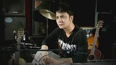 Bình Thường Thôi - Vũ Quốc Việt