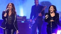 You Oughta Know (American Music Awards 2015) - Alanis Morissette , Demi Lovato