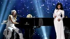 Bed Of Lies (American Music Awards 2014) - Nicki Minaj , Skylar Grey