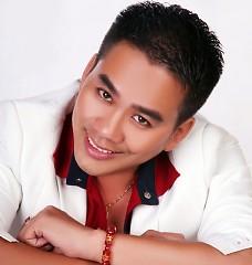 Nghệ sĩ Huỳnh Nguyễn Công Bằng