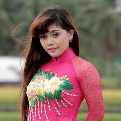 Hồng Quyên