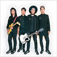 Lion Band