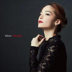 Kiss Me - Moon