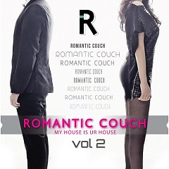 My House Is Ur House - Romantic Couch