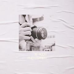 Photograph (Single) - De Moon
