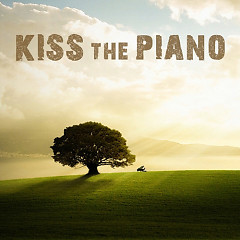 Kiss The Piano