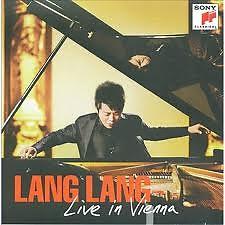 Live In Vienna CD1