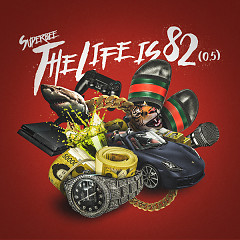 The Life Is 82 (0.5) (Mini Album) - Superbee