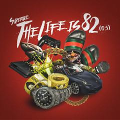 The Life Is 82 (0.5) (Mini Album)