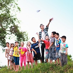 Cho Tôi Xin Một Vé Đi Tuổi Thơ (Single)